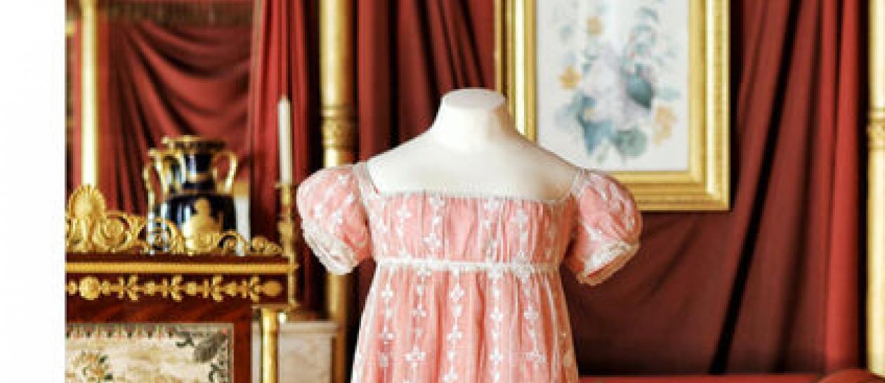 Création autour d'une robe de Joséphine
